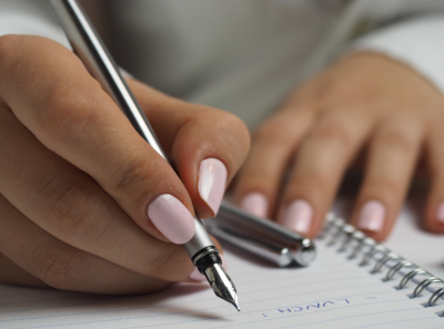 A Luxe Girl's Guide to Intentional Journaling