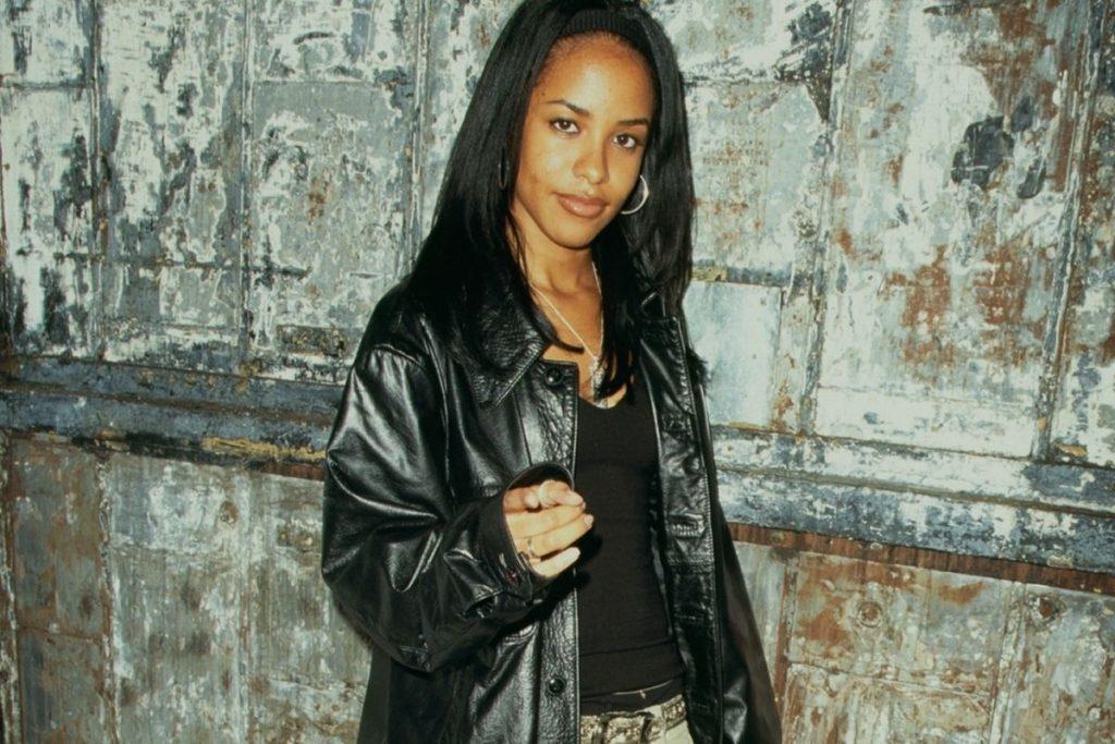 Model Off-Duty Signature Style Archetype - Aaliyah